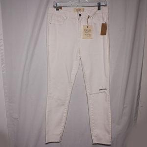 RACHEL Rachel Roy Jeans - NWT Rachel Roy White Embroidered Skinny Ankle Jean
